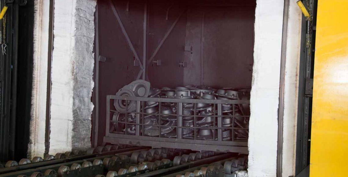 Heat treating steel, heat treatment at Metals Engineering